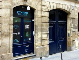 City locker Paris Store your luggage