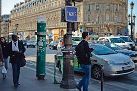 How to use Taxis in Paris