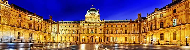 Musée-du-Louvre-de-nuit
