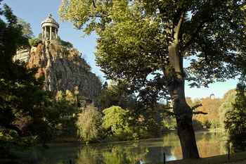 buttes-chaumont-paris