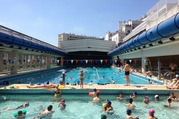 swimming-paris