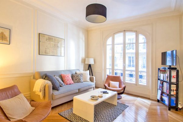 If moving to Paris is one of your New Year's Resolutions,  check out our apartments!